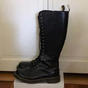 Doc Marten 20 eye Boots 8 /39